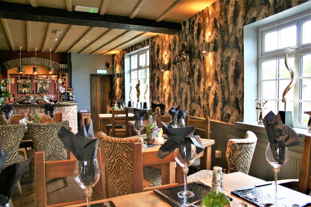 dining area at the gate inn sutton-cum-lound