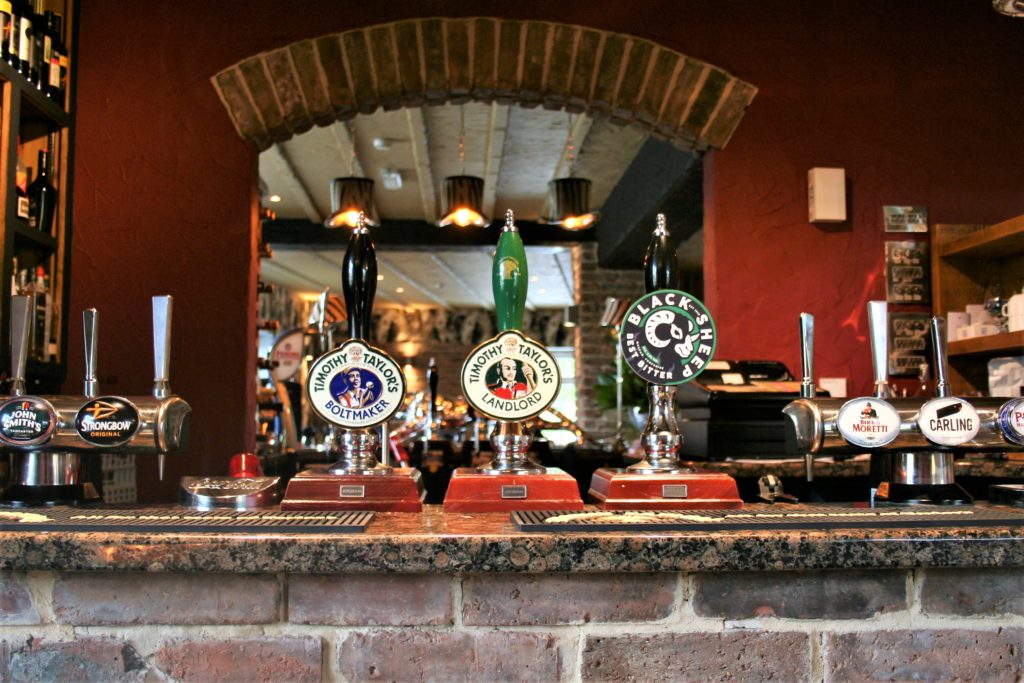 beer taps at the gate inn sutton-cum-lound